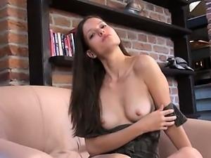 Czech pornstar gaping her amazing vagina