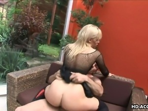 mature blonde gets fingered outside