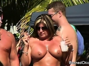 Babes with no limits in this amateur flick