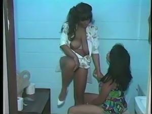the sexiest black lesbian scene ever!