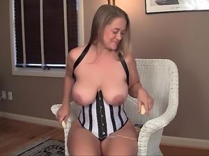 Amateur Nixie spreading on camera