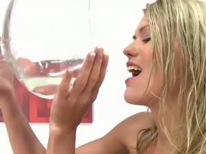 Blonde has fun with piss