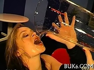 Oral job with pissing shower