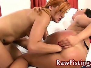 Extreme pussy fisting eurobabes