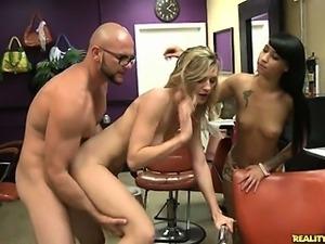Amanda gets off with Jmac and Esmi.