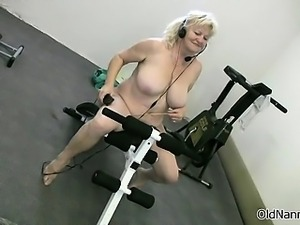 Blonde granny with big tits dances sexy part3