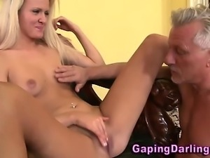 Babe gets a anal rimjob