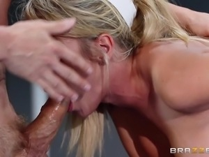 gymnast sucks cock