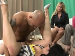 Cfnm amateur babe gets fucked