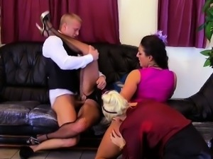 Pee loving glam group sex with a butler