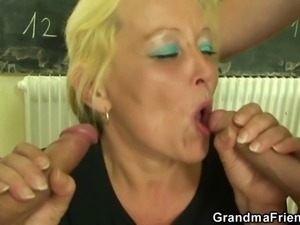 Dirty 3some with old teacher