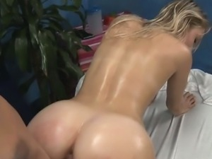 Sizzling sexy body jerking off