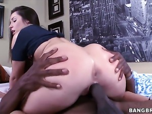 Lola Foxx with big ass and her horny man fuck like rabbits