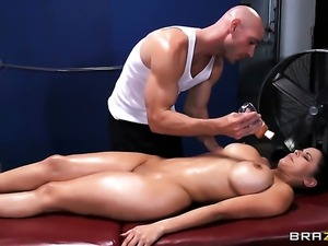 Johnny Sins makes Diamond Kitty scream and shout with his rock solid love...