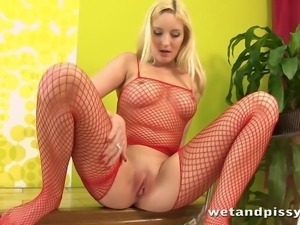 Blonde girl with big boobs experiences the art of pee play for the very first...