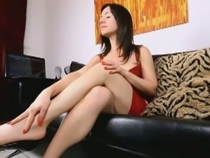 Mistress Ella Kross teases with her feet and heels