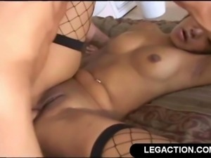 Horny Black Girl Gets Ass To Mouth Facial