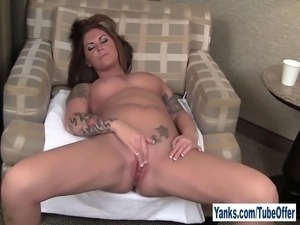 Kinky redhead amateur cutie Bella masturbating her slick snatch