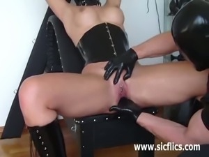 Pussy fisting kinky encounter