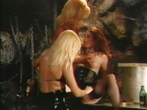 Licking pussy lesbian orgy party at the bar