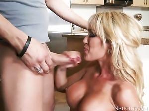 Xander Corvus gets pleasure from fucking pretty Capri Cavannis cunt