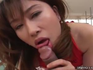 Kinky asian remi matsukawa gives great head