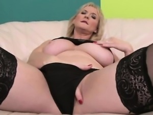 Bigtit blonde milf sucking black cock