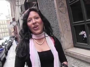puta locura busty amateur latina babe picked up on the street