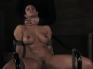 Iceplay submissive puts gasmask on
