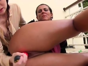 Piss covered whores fist and fuck