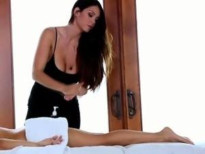 Busty lesbian masseuse rubs hottie
