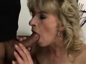 Cute model surprise anal