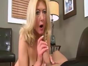 Granny Head #42 (GILF) Busty Blonde Old Woman