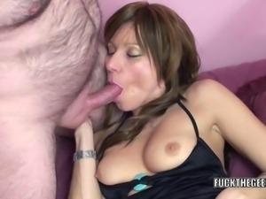 Petite MILF Brandi Minx gets her mature twat stuffed