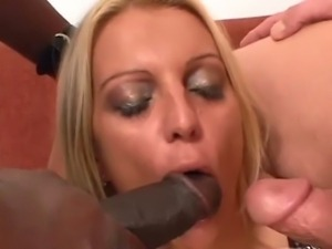 Nasty blonde craving for a double penetration