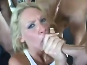 Blonde Does An Oral Gangbang At A Gym