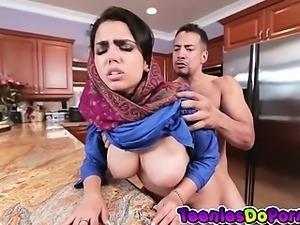 Sexy Arab Teen Gets Fucked