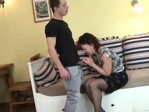 Hot model homemade blowjob
