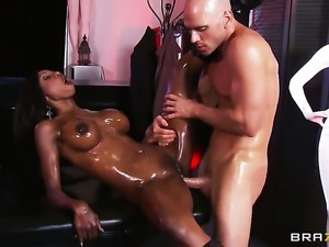 Diamond Jackson is an anal addict that loves Johnny Sinss erect schlong so...