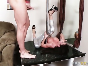 Johnny Sins plays hide the salamy with Amy Brooke with big knockers