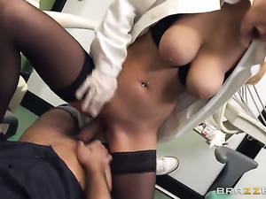 Mike Angelo sticks his meat stick in amazingly hot Candy Alexas booty