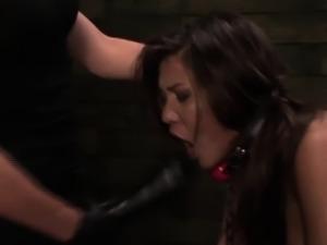 Lesbian obeys strapon wielding domina in trio