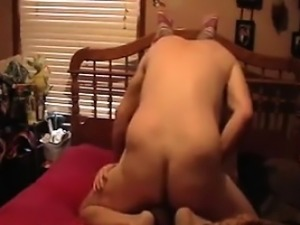 Guy Fists And Fucks His Wife At Home