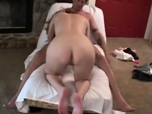 Horny mature swinger using head