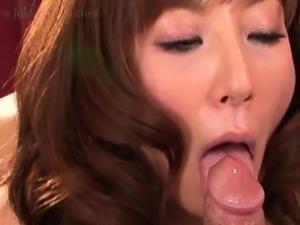 Moglie italiana surprise cum in mouth
