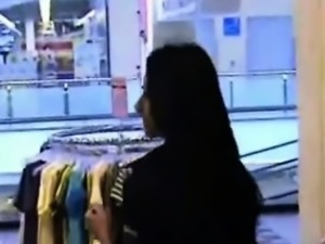 [Top Video]Indian tourist fucks bf in changing room