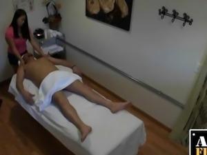 Secret Cam Films Massage Parlour BJ