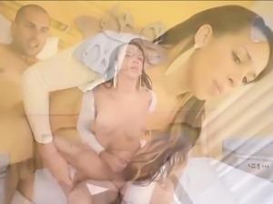 Busty latin shemale Amanda Araujo analed