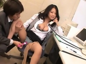 While she\'s doing her job in the company Satomi Suzuki gets