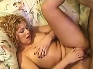 Mother Gets Her Pussy Pumped And Fucked